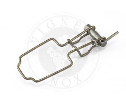 Collare tendifilo  completo di rullino universale e di fermo Collare tendifilo utilizzato per il tensionamento dei fili all'interno dei filari