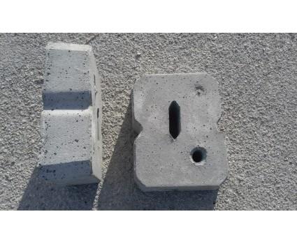Blocco in cemento per tirante rettangolare