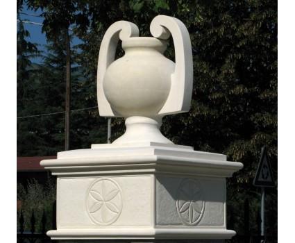 Anfora stile liberty in pietra della Maiella