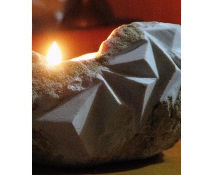 cristal: luce e sasso