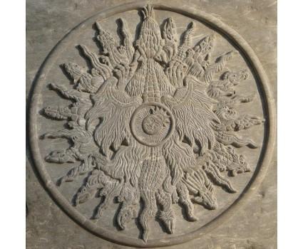 calendario lunare,riproduzione su pietra scura della Maiella di una stampa tedesca  del 500