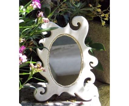 specchio in pietra bianca della Maiella
