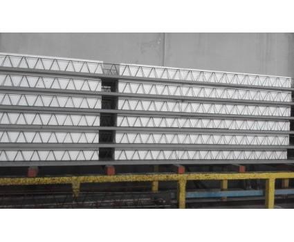 Lastra Predalle - Lastre tralicciate per solai monolitici ed alleggeriti La lastra tralicciataè costituita da una lastra in calcestruzzo, di spessore da 4 a 8 cm, avente una resistenza caratteristica R'ck superiore a 30N/mm2;